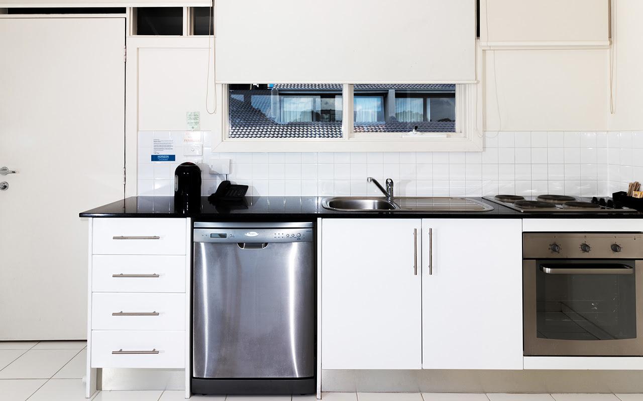 Horizon Holiday Apartments 1 Bedroom Apt Kitchen