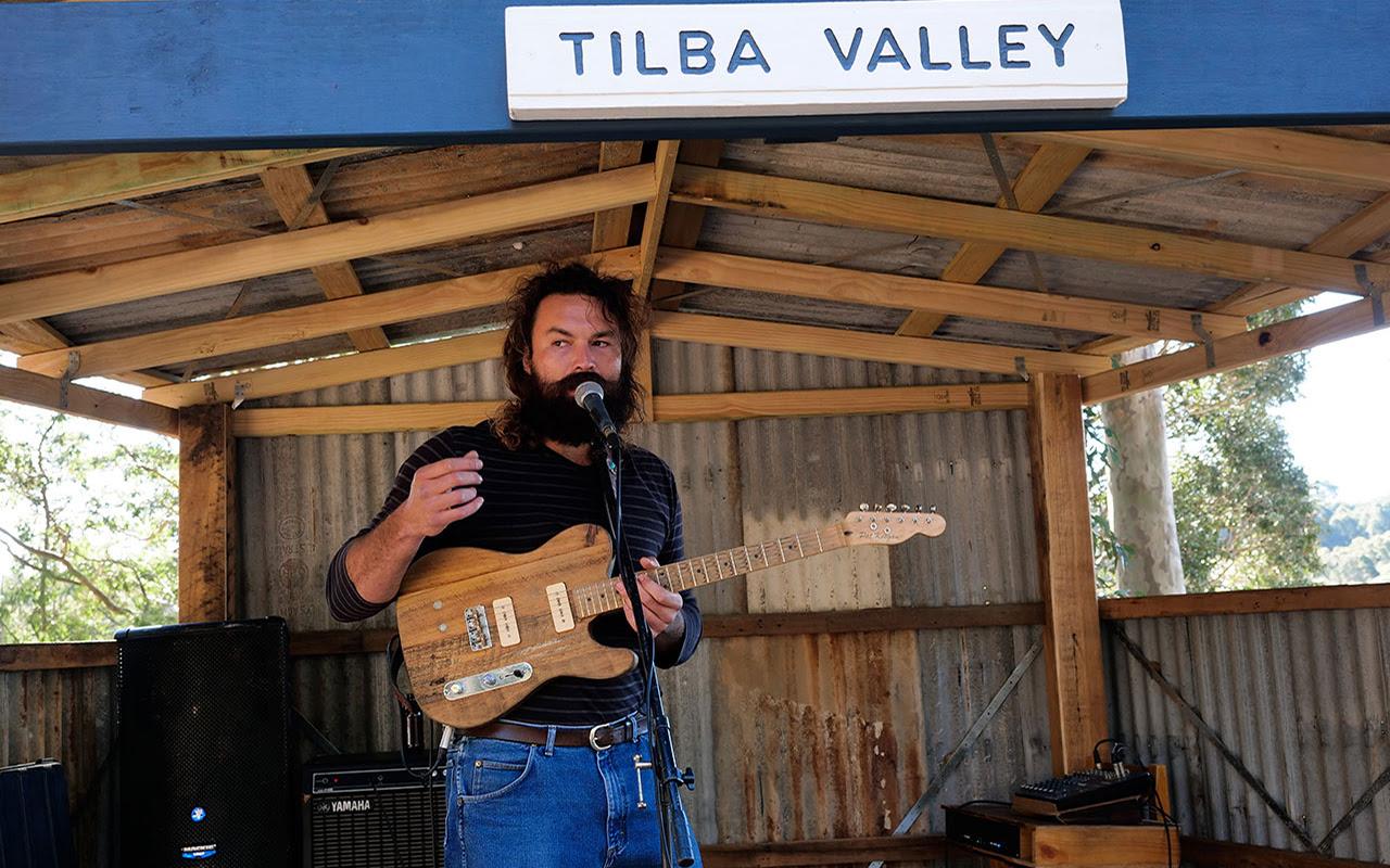 Tilba Valley Performer